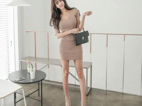 【蜗牛扑克】韩国名模尹爱智( 윤 애 지 )黑丝诱惑 丝袜性感写真引骚动