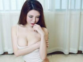 【蜗牛扑克】台盆镜柜图片 美女粉泬10P
