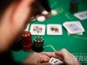 【蜗牛扑克】德州扑克时手持最强底牌AA,如何行动更有利