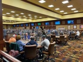 【蜗牛扑克】容量限制如何影响拉斯维加斯的现场扑克?