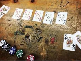 【蜗牛扑克】德州扑克逆袭轻易套牢一副对的对手