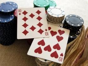 【蜗牛扑克】德州扑克如何游戏中等口袋对子-上:翻前