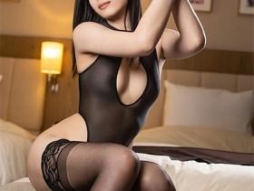 """【蜗牛扑克】SGA-131 :美腿女神""""中条花音""""薄纱黑丝足交,不脱也让人硬爆!"""