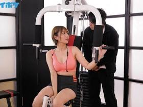 """【蜗牛扑克】完全堕落!欲求不满人妻""""天海つばさ""""搞上健身教练,强壮身体玩到她发狂!"""