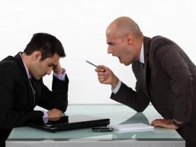 【蜗牛扑克】成为职业牌手的好处何在?