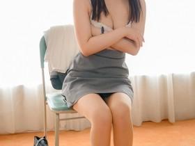 【蜗牛扑克】AV界的奇珍异兽!高中美女教师安奈真理恵有三个乳头!