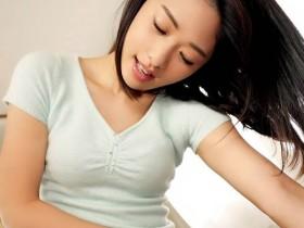 """【蜗牛扑克】住对面的漂亮姐姐""""川上奈々美""""在窗旁自慰 勾引大学生无套打炮"""