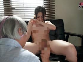 【蜗牛扑克】DASD-542:老邻居知道石田凯伦十分的性感漂亮,也暗自幻想自己也能享受一下