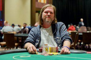Mike Cordell在WSOPC巴尔的摩马蹄赌场站主赛事夺冠