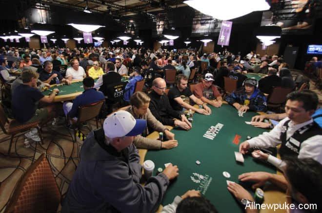蜗牛扑克:巨人赛选手应该弥补的三个漏洞