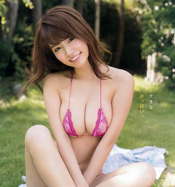 【蜗牛扑克】菜乃花最新写真集拍摄花絮 几近全裸秀I杯巨乳
