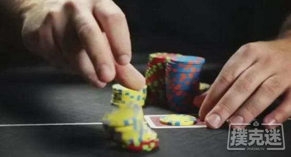 【蜗牛扑克】翻牌后滥用最小加注,你不吃亏谁吃亏?