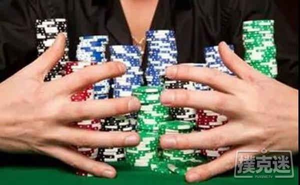 【蜗牛扑克】人生就像德州扑克,最先发出的两张牌有时并不重要
