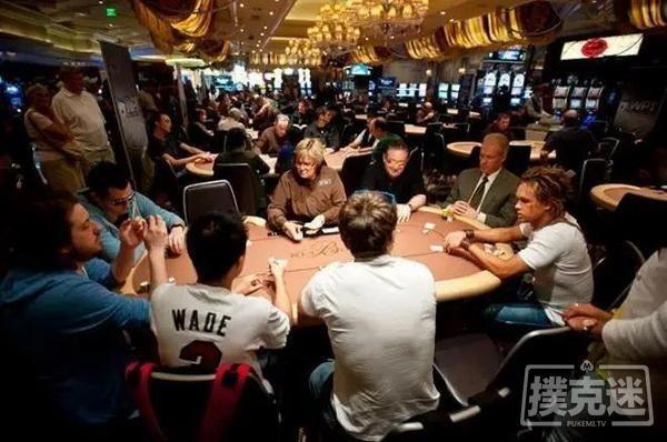 【蜗牛扑克】碰到跟注站玩家该如何做-德州扑克技巧