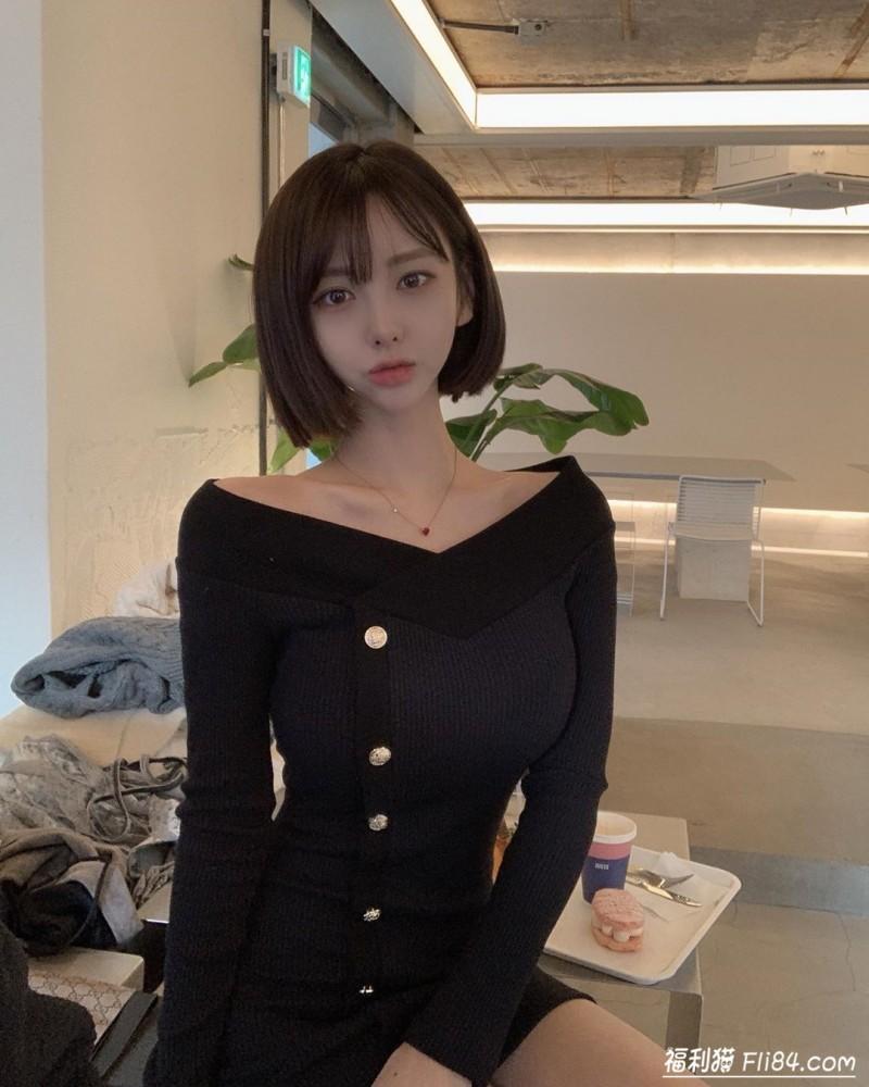 【蜗牛扑克】今日妹子图20200318:韩国大胸妹子러블린,上围也太犯规啦!
