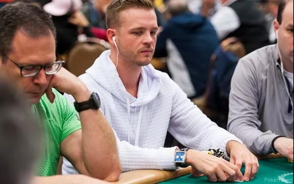 【蜗牛扑克】2020 WSOP主赛事国内赛战报:Hellmuth和Galfond出局 筹码领先者竟是...