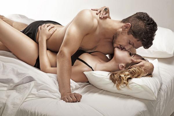 【蜗牛扑克】爱爱精液「最后射在哪」? 害羞调查:男女喜好差很多