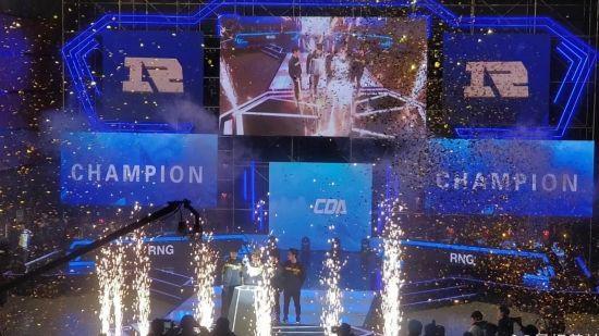 【蜗牛电竞】《DOTA2》冬季邀请赛结束 RNG 3:2 Aster夺冠