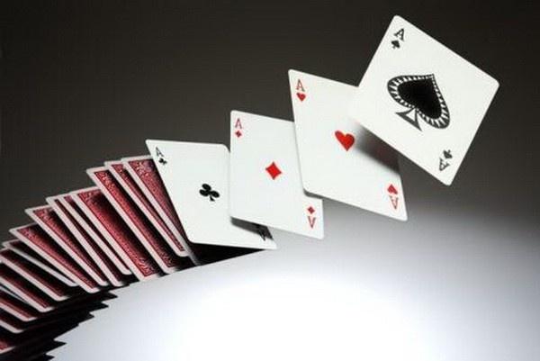【蜗牛扑克】德州扑克牌局讨论:AKo遭遇翻牌圈加注