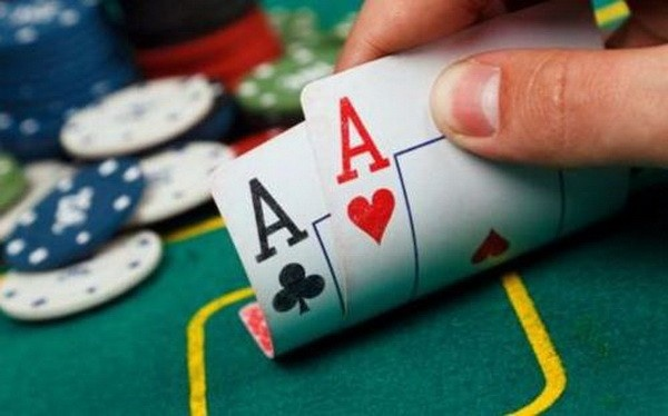 【蜗牛扑克】德州扑克锦标赛翻前妙招
