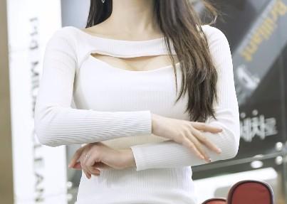 【蜗牛扑克】韩国车模李佳恩Lee Gaeun车展直拍20200401