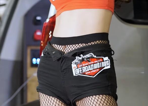 【蜗牛扑克】韩国美女车模 조나나(赵娜娜)车展现场直拍20200328