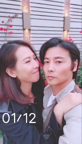 【蜗牛扑克】张晋蔡少芬纪念结婚十二周年 甜蜜牵手享二人世界
