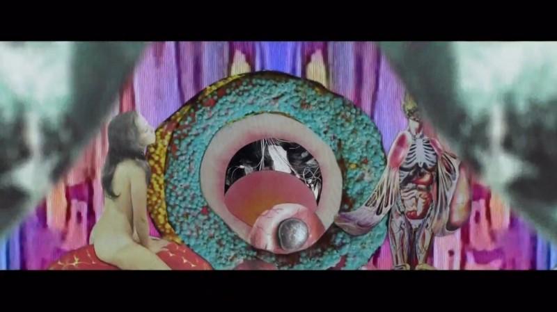 【蜗牛扑克】[粪][BD-MKV/2GB][1080P][英语中字][美国猎奇 惊悚 奇幻电影]
