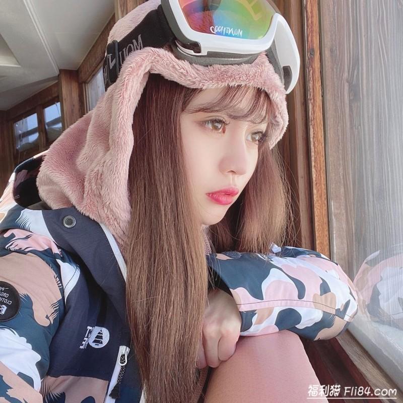 """【蜗牛扑克】今日妹子图20200312:日本气质""""网拍老板娘""""lsako,""""酥胸好诱人""""!"""