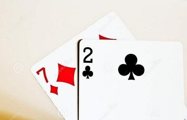 【蜗牛扑克】德州扑克发不到好牌时该怎么办?