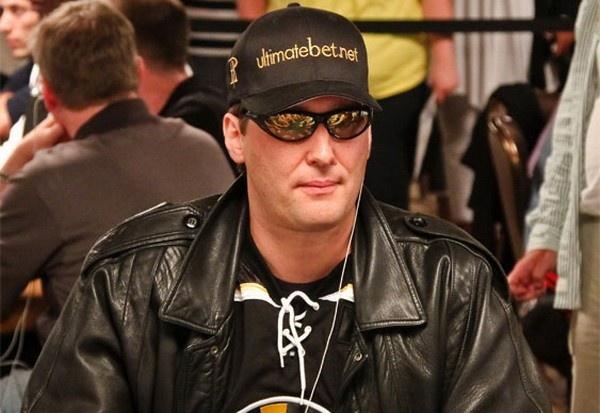 【蜗牛扑克】德州扑克四招教你练就一张扑克脸