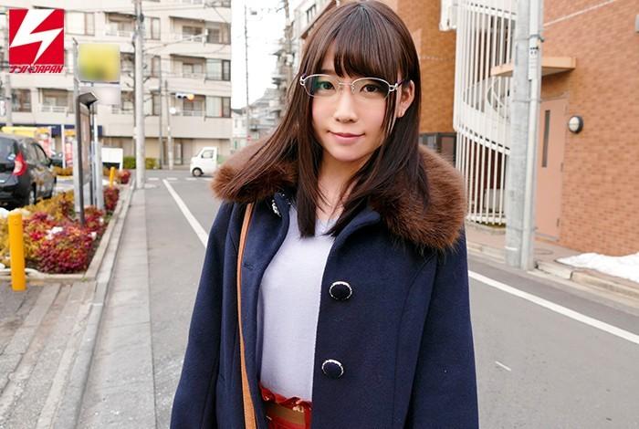【蜗牛扑克】专心学业拼ALL PASS!富田优衣、4月休业!