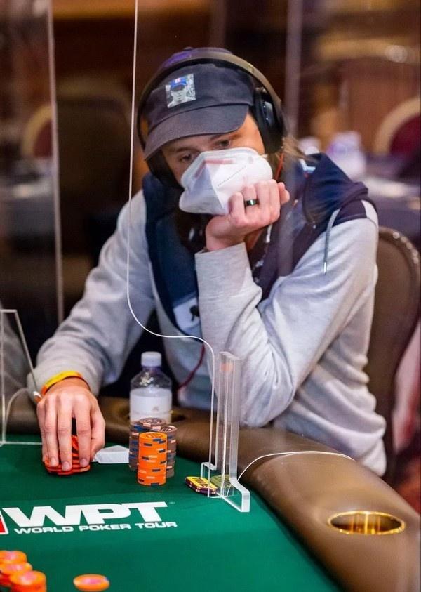 【蜗牛扑克】失去重要部位和打WPT决赛桌,Rokita将如何取舍?