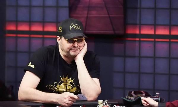 【蜗牛扑克】Bryn Kenney叫板Phil Hellmuth:请证明你是史上最强牌手!