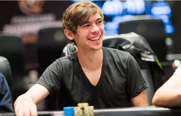 【蜗牛扑克】Fedor Holz强调反思在德州扑克中的重要性