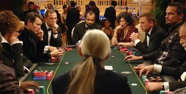 【蜗牛扑克】德州扑克位置不利时赢得底池的三大杀手锏
