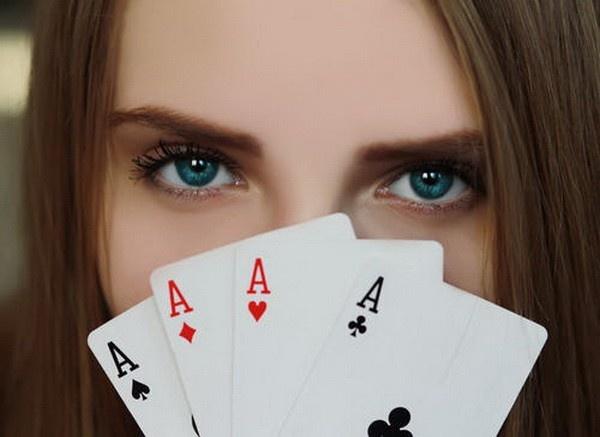 【蜗牛扑克】德州扑克牌坛三大女性牌手