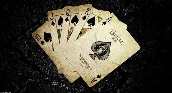 【蜗牛扑克】德州扑克最适合在牌桌上讨论的8大话题