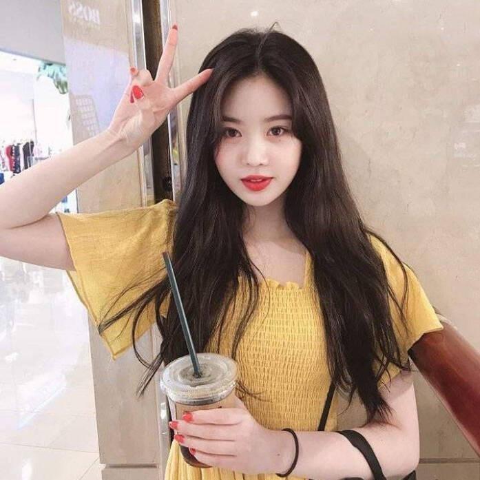 【蜗牛扑克】徐穗珍 韩国女子演唱组合(G)I-DLE成员生活照分享及个人资料