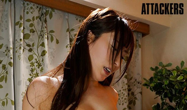"""【蜗牛扑克】女友的姐姐""""日下部加奈""""胸部超级大…经不起诱惑与她""""中出到天明""""!"""
