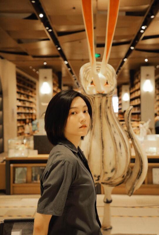 【蜗牛扑克】秦语 内地高颜值女星美照鉴赏