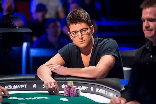 【蜗牛扑克】丹牛选出心中最佳锦标赛选手引发口水战