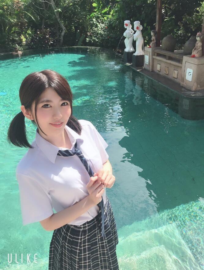 【蜗牛扑克】有坂深雪(Arisaka-Miyuki)作品EBOD-834介绍:双片商专属抬轿!美魔女回归打中出礼炮!