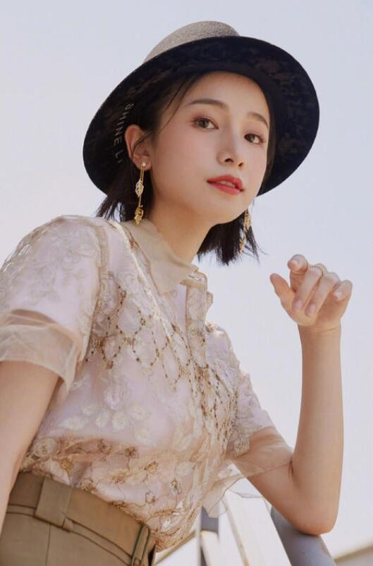 【蜗牛扑克】姜梓新 内地高颜值女星美照分享及个人资料