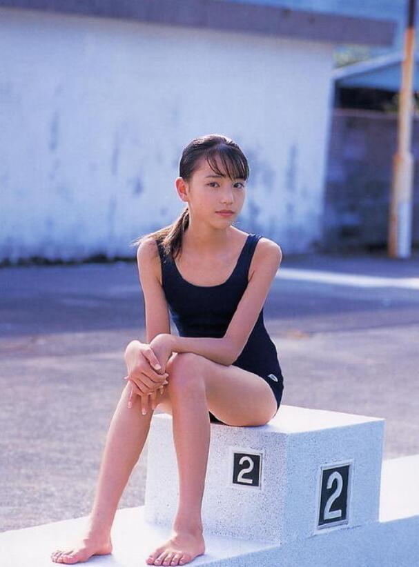 【蜗牛扑克】户田惠梨香 第14届Confidence Award电视剧奖-最佳女主角美照(多图)分享
