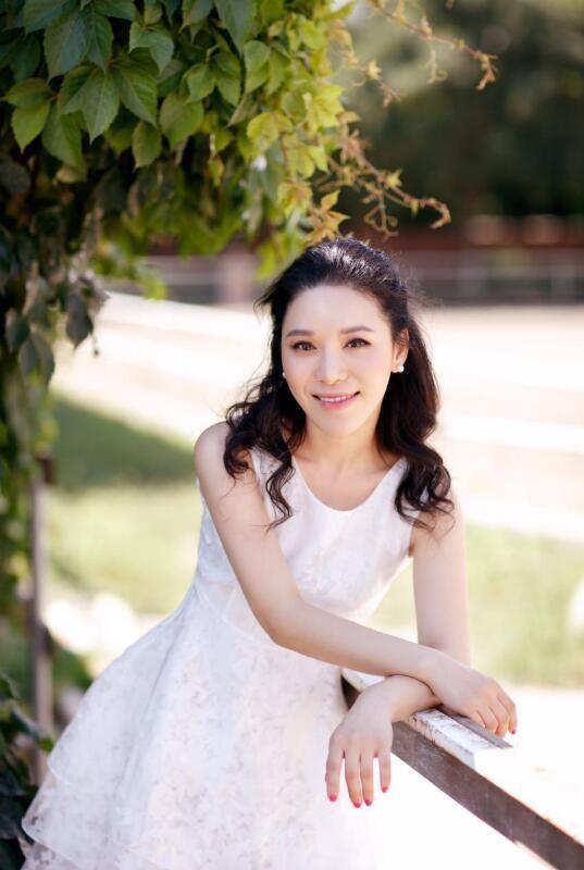 【蜗牛扑克】于心妍 北京国际电影节年度十佳网络电影女演员美照分享及个人资料