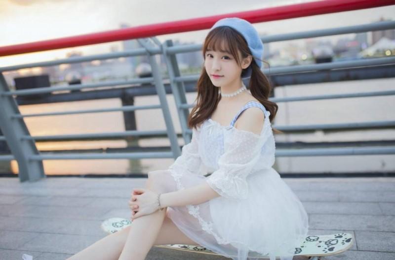 【蜗牛扑克】王晓佳 女子演唱团体SNH48四期生美照鉴赏