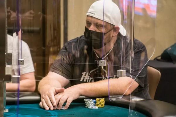 【蜗牛扑克】扑克牌手通过虚假新冠检测诈骗千万美元