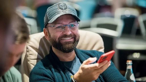 【蜗牛扑克】丹牛解析了《赌王之王》最有代表性的手牌